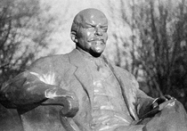 Похищение Ленина из сквера на Пресне раскрыто: вождя отправили «лечиться»