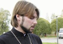 Грозовского оставили без жены и адвокатов
