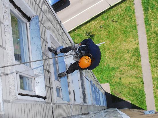 Петербуржцы годами живут в многоэтажках без лифта