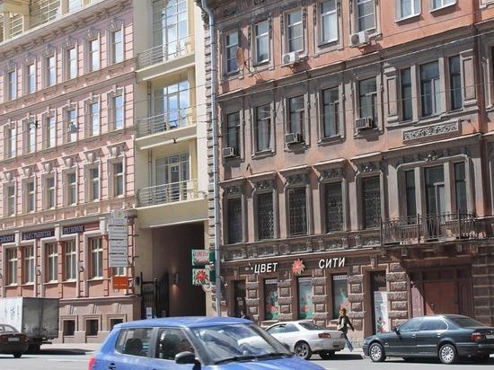 Активисты-общественники оценили, насколько пыльные фасады домов в центре города