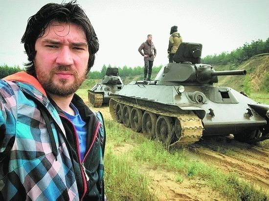 Режиссер «28 панфиловцев» считает главного героя фильма «Экипаж» идиотом