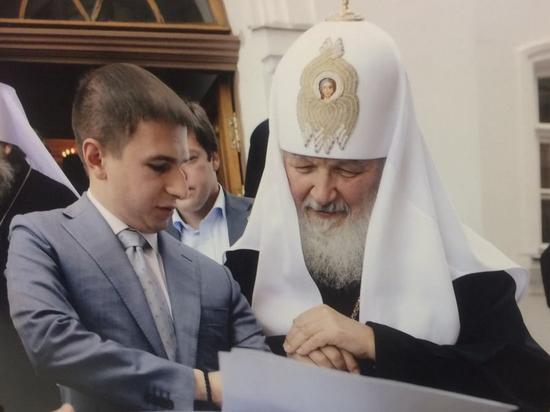 Пособие от депутата Романова: как помогать чужим и обижать своих