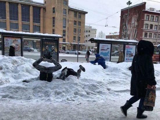 Как Петербург пережил «снежный апокалипсис»