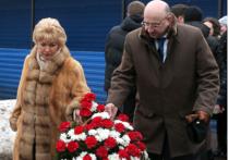Первому мэру Петербурга приписывают мифические заслуги