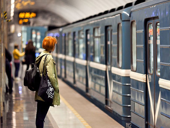 приставание к русской школьнице в автобусе